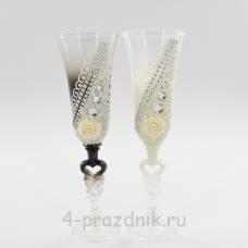 Бокалы декорированные - цветы со стразами, ч/б bok124