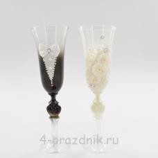 Бокалы декорированные - Жених Невеста с белой отделкой bok130
