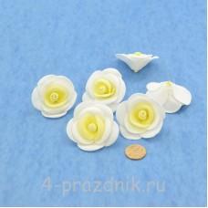 Латексные цветы размер №3, бело-желтые latex071