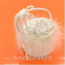 Корзинка для колец  белого цвета podushka012