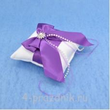 Подушка для колец в фиолетовом оформлении podushka015