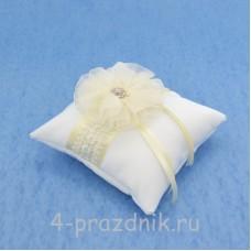 Подушка для колец в айвори оформлении podushka016