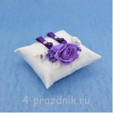 Подушка для колец в фиолетовом оформлении podushka017