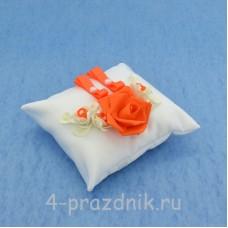 Подушка для колец в оранжевом оформлении podushka031