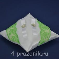 Подушка под кольца,атласная с кружевом зеленое яблоко  podushka036