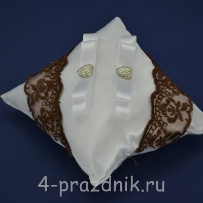 Подушка под кольца,атласная с шоколадным кружевом  podushka041 оптом