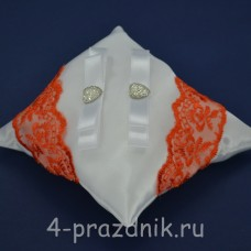 Подушка под кольца,атласная с оранжевым кружевом  podushka048