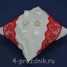 Подушка под кольца,атласная с красным кружевом  podushka049