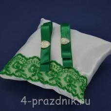 Подушка под кольца,атласная с зеленым кружевом  podushka052