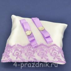 Подушка под кольца,атласная с сиреневым кружевом  podushka060