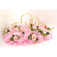 Кольца на крышу в виде сердец с розовыми розами и розовым фатином, ukav367