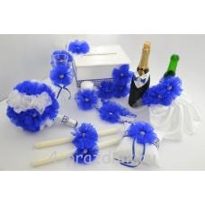 Свадебный набор для стола с подвязкой, букетом и подушкой для колец в бело синем исполнении svst001