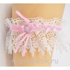 Подвязка с розовой лентой pod028