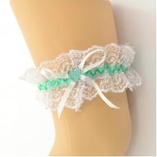 Подвязка белая с зеленой лентой pod086